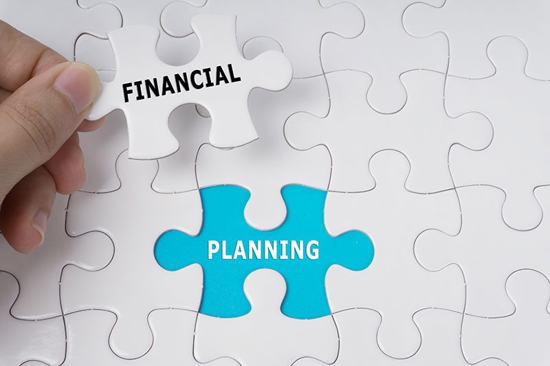 """Featured image for """"What do Financial planners do?"""""""